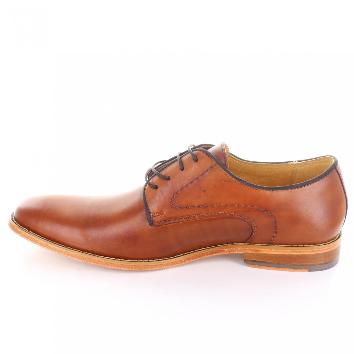 49abd5c6 Zapato marca Brantano modelo JR8800 Color Miel